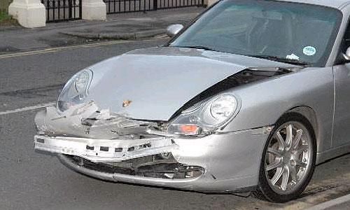 Пьяный полицейский разбил Porsche