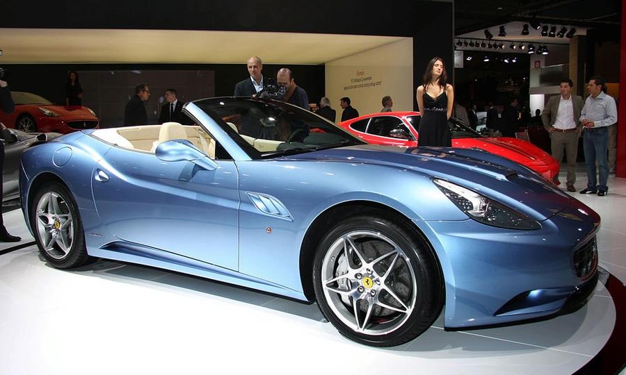 Купе-кабриолет Ferrari California