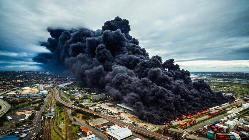 Байрон дю Буа, «Пожар на складе»
