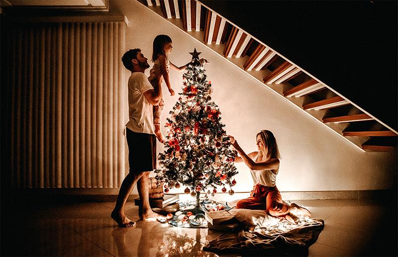 Как отметить Новый год: 5 несложных сценариев для праздника