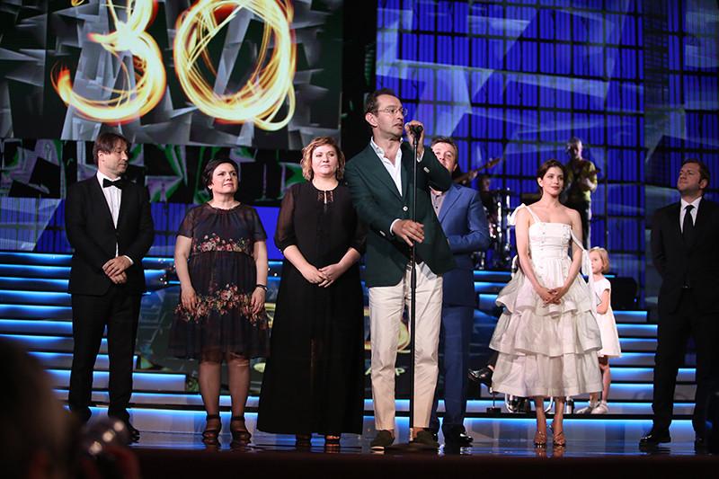 Константин Хабенский и члены жюри основного конкурса