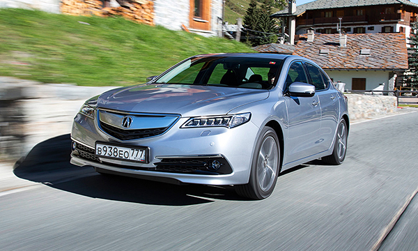 Названы российские цены на седан Acura TLX