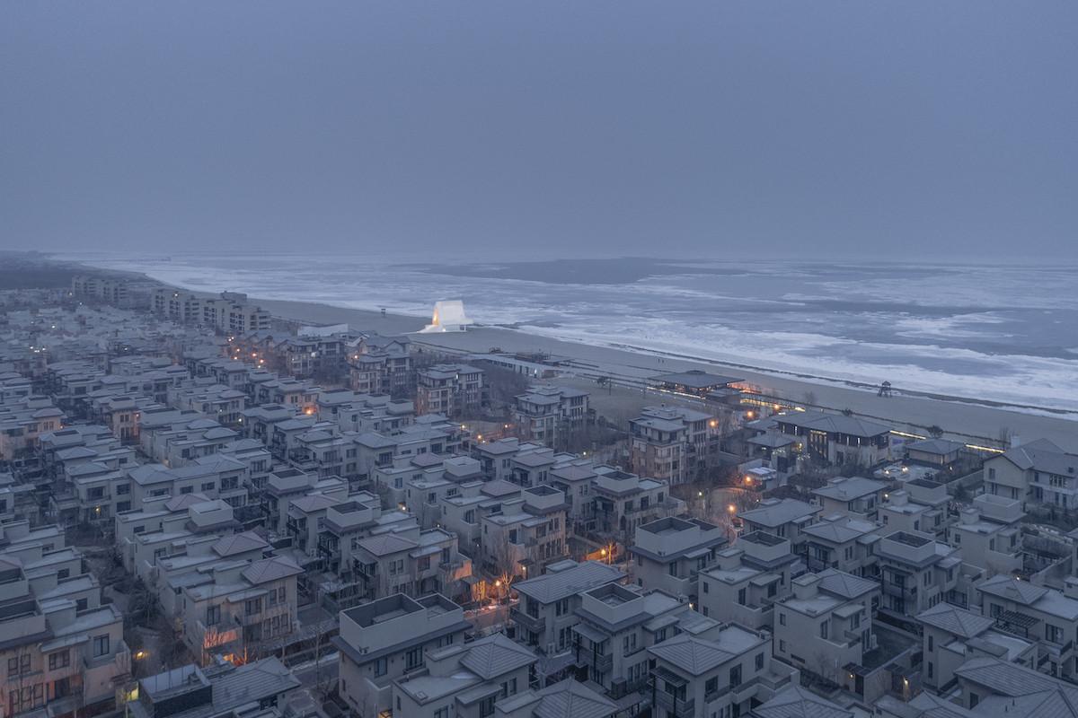 Капелла на берегу моря вЦиньхуандао, Китай. Категория«Ощущение места».