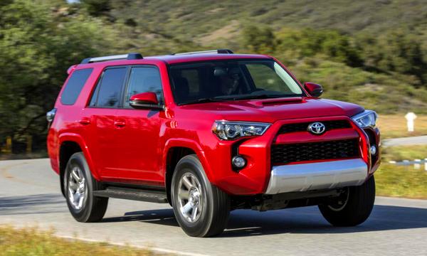 Toyota показала новое поколение кроссовера 4Runner