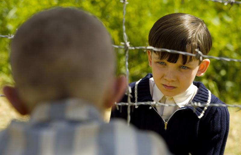 Кадр из фильма «Мальчик в полосатой пижаме»