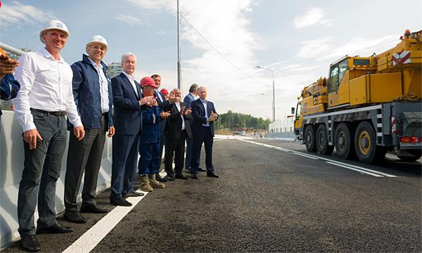 В Москве открыто движение по Можайскому путепроводу