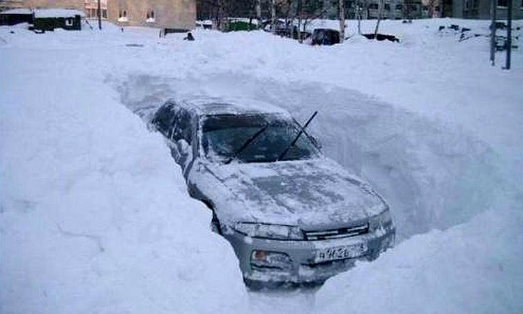 Автовладельцы Минска заплатят за уборку снега вокруг машин