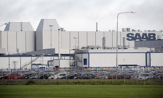 Бизнесмен В. Антонов покупает завод Saab в Швеции