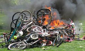 Московские водители ненавидят велосипедистов