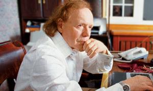 Известный писатель, драматург и телевизионный ведущий Эдвард Радзинский