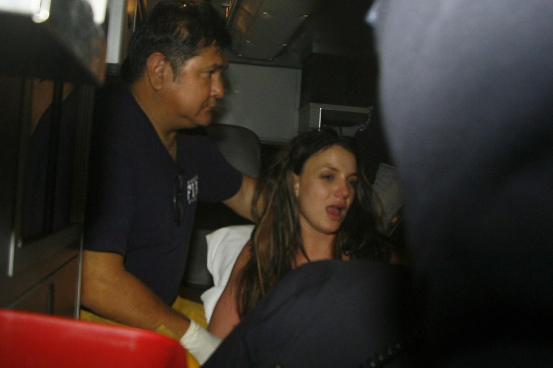 Госпитализация БритниСпирс3 января 2008 года