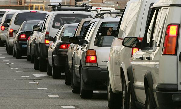 Очередь на паром в Крым увеличилась до 2500 машин