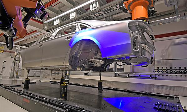 Немецкие автоконцерны заподозрили в нарушениях при покупке стали
