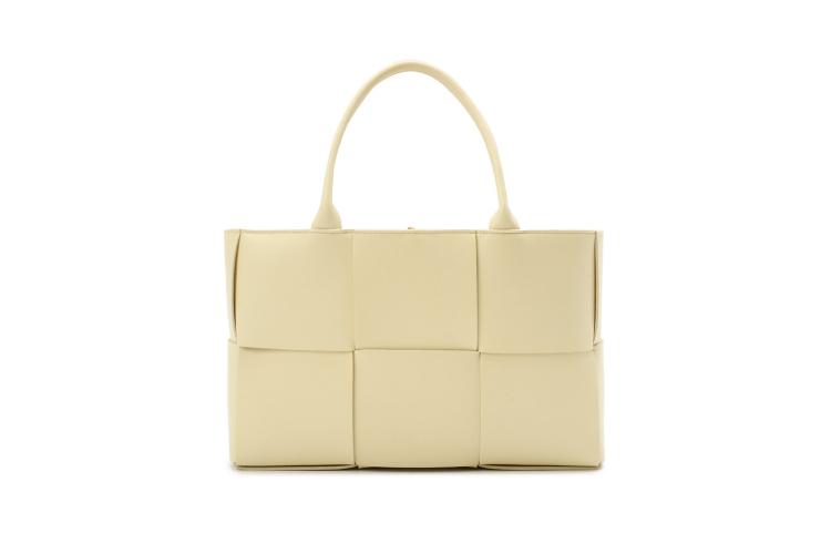 Женская сумка Bottega Veneta, 177 500 руб. (Кутузовский проспект)