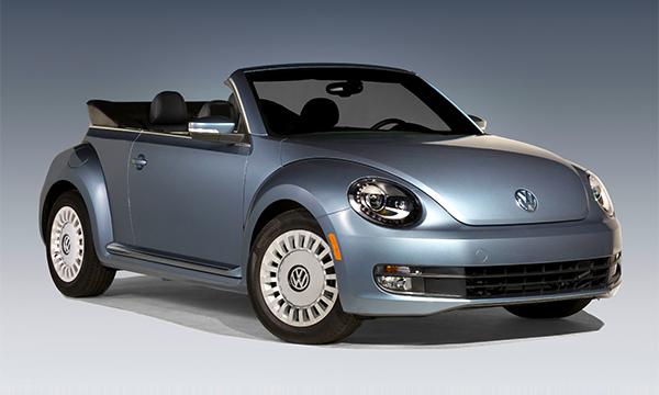 Volkswagen представил кабриолет Beetle