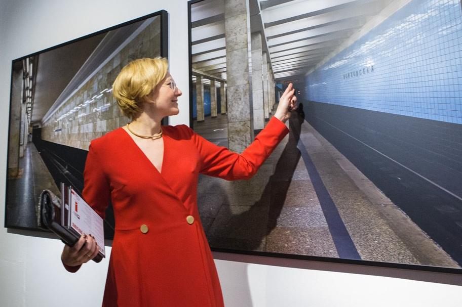 Алиса Прудникова на открытии основного проекта Уральской биеннале современного искусства