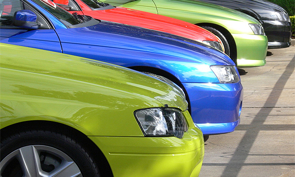 Кто тянет рынок автомобилей на дно