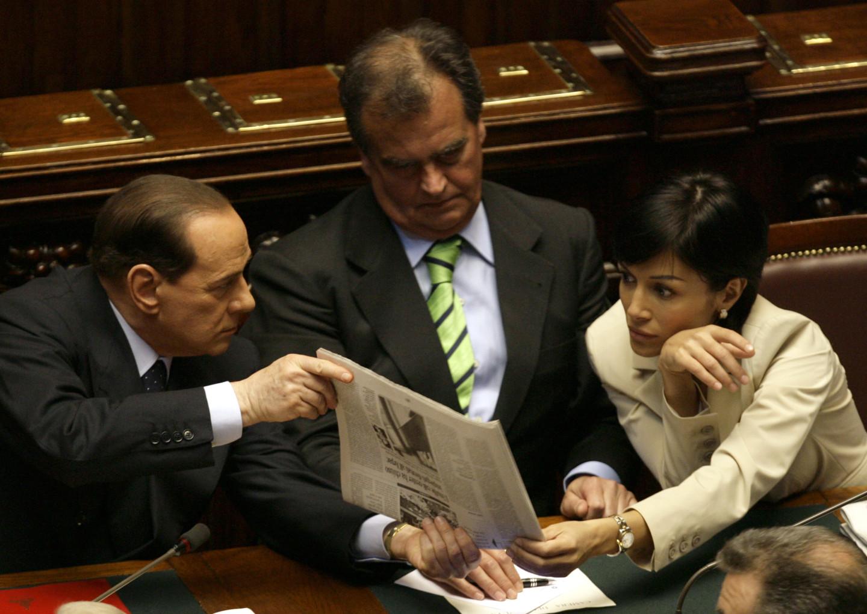 Сильвио Берлускони, Роберто Кальдероли иМара Карфанья