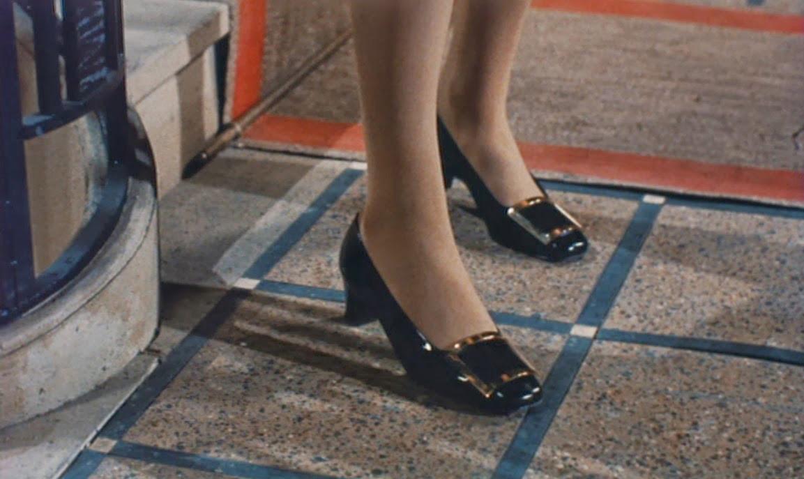 Фрагмент кадра из фильма«Дневная красавица»
