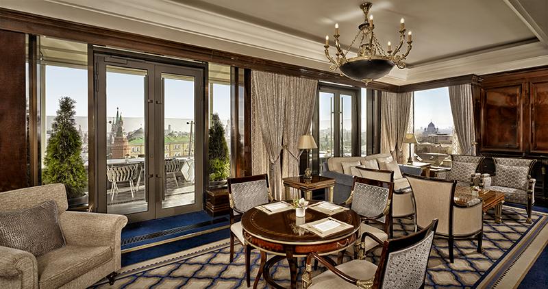 Клубная гостиная The Ritz-Carlton Club