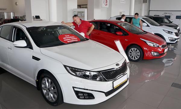 «Сейчас клиентам выгоднее купить автомобиль за 5-6 миллионов в кредит»