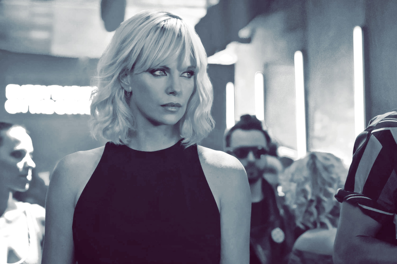 Кадр из фильма «Взрывная блондинка»