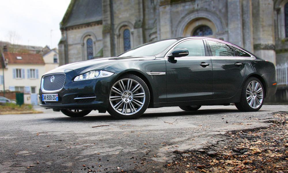 Jaguar XJ не покупают из-за агрессивного дизайна