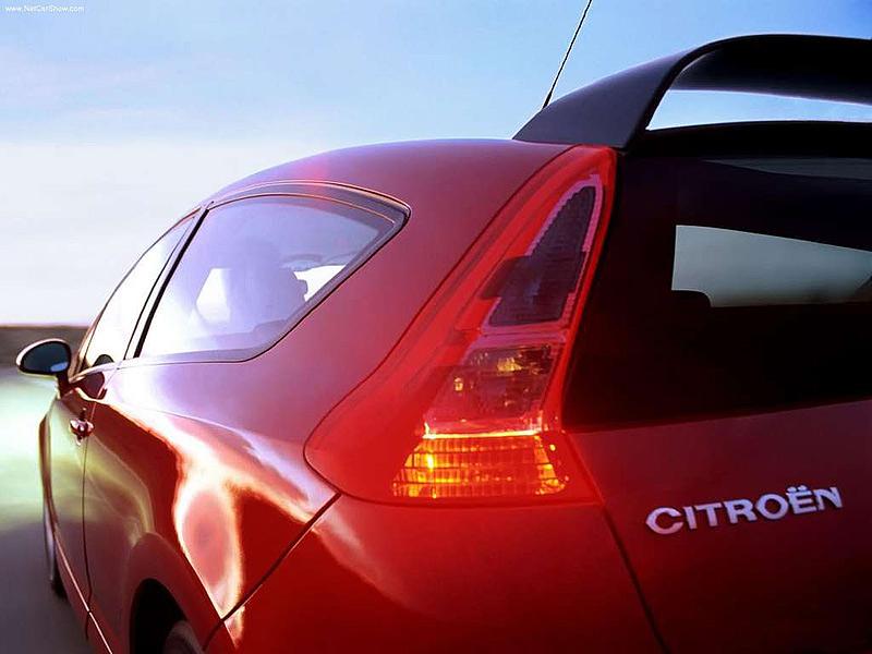 Красивые автомобили украшают нашу жизнь