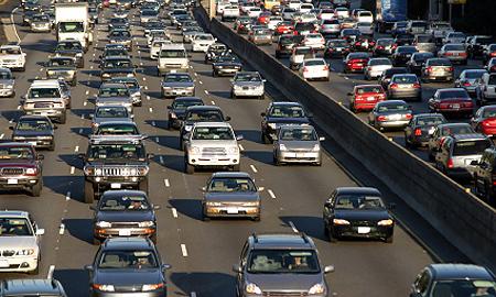 Возмутивший автомобилистов налог вступит в силу