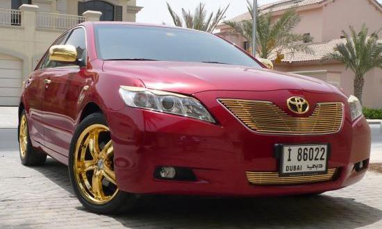Арабы отделали Toyota Camry золотом