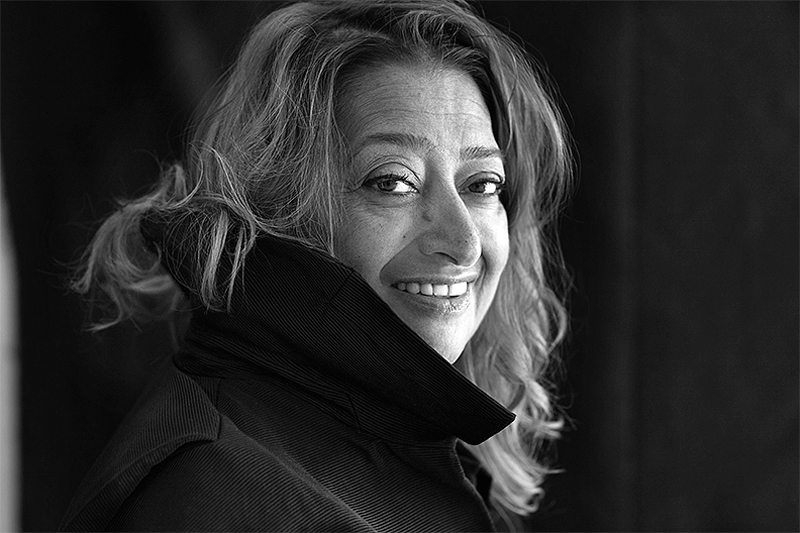 Заха Хадид — знаменитый архитектор и дизайнер, первая женщина-архитектор, награжденная Притцкеровской премией