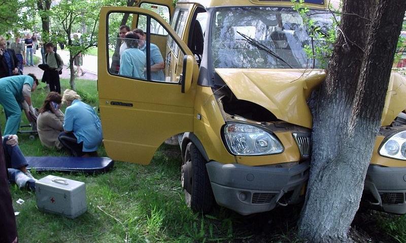 Автоперевозчики будут нести уголовную ответственность за аварии маршруток