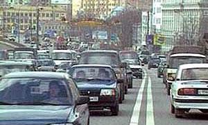 Автомобильный парк Москвы растет на 200 000 машин в год
