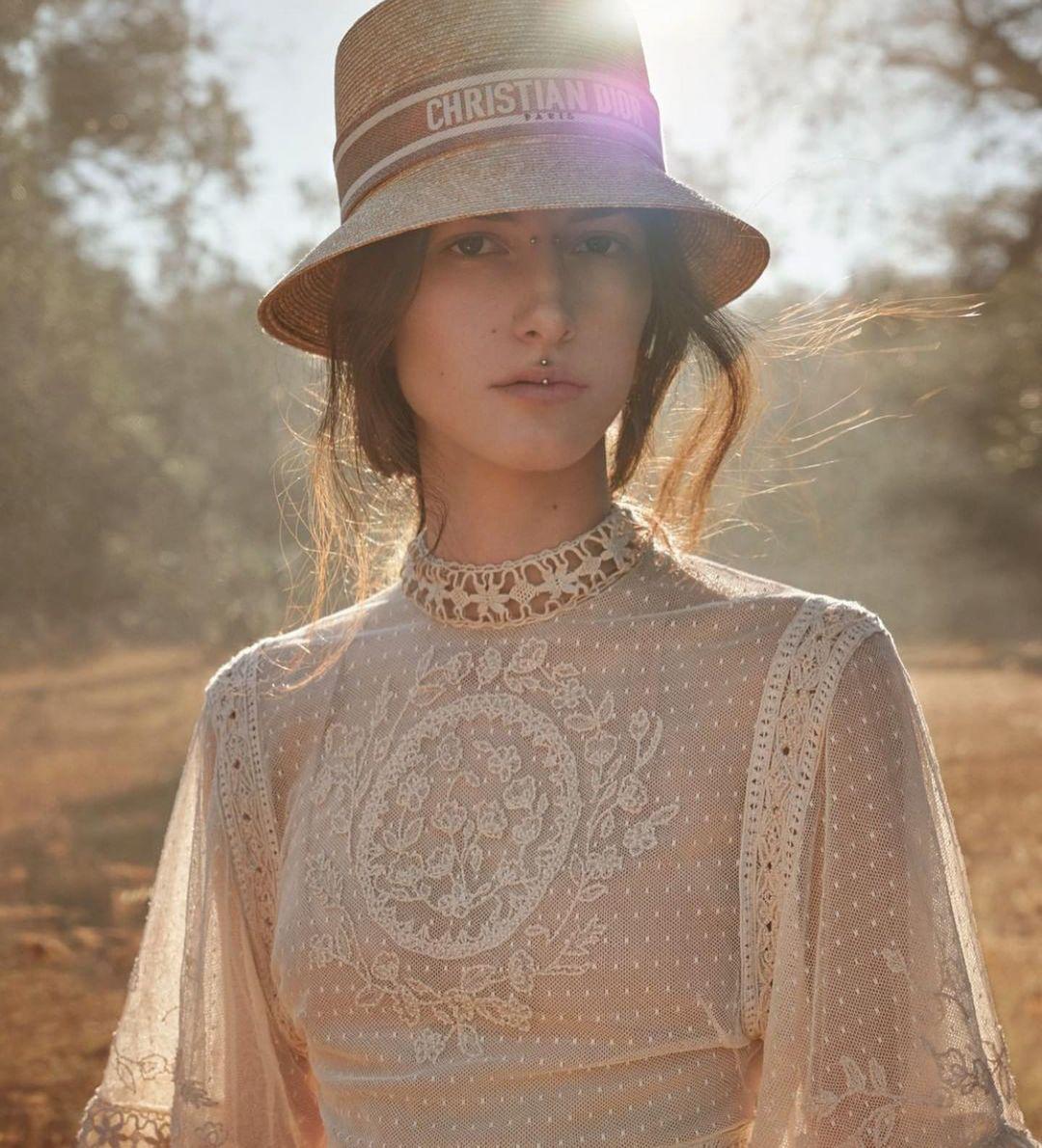 Чаикра Максимус в рекламной кампанииколлекции Dior, Cruise 2021