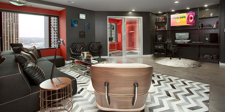 W Sound Suite в отеле W Hollywood