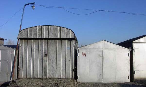 В Москве начинают сносить гаражи и строить парковки