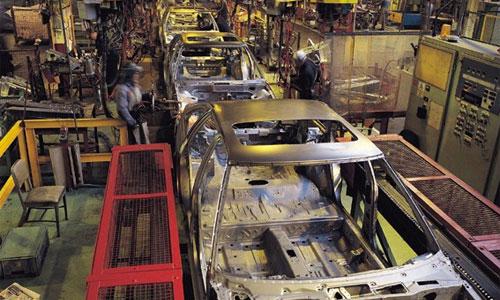 DaimlerChrysler приостановил работу двух заводов в США