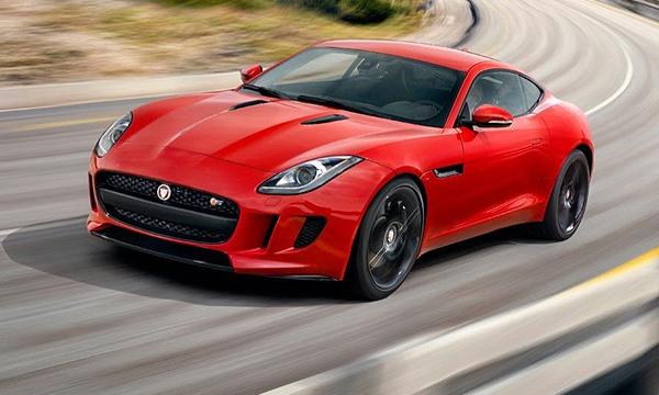 Jaguar представил купе F-Type