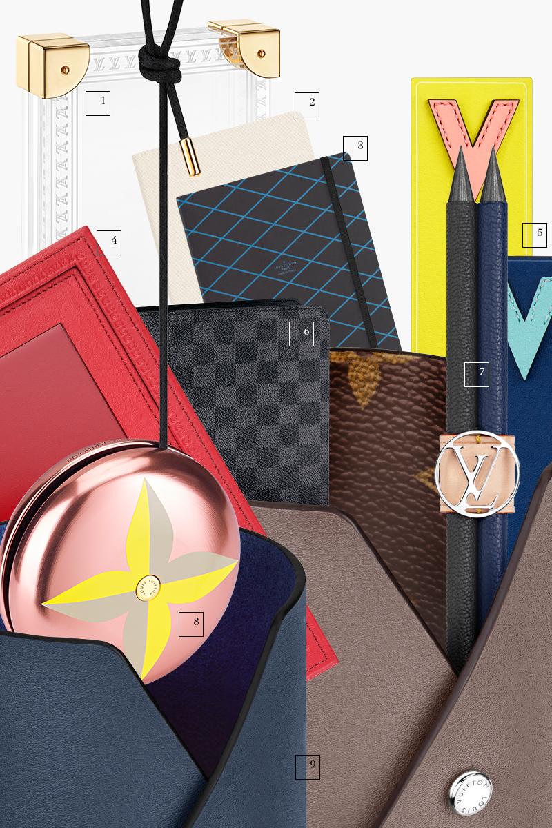 Фоторамка из плексигласа, блокнот, карандаши, закладки, йо-йо, обложка для паспорта, подставки для канцелярских принадлежностей, все — Louis Vuitton