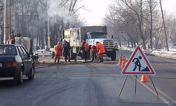 В Москве за 2011 г. отремонтировали 24,5 млн кв. м дорог
