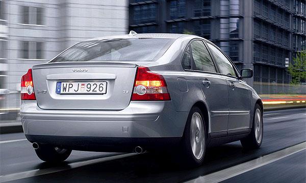 Volvo S40/V50 оснастят турбодизелем D5