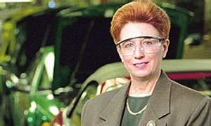 Анна Стивенс - один из основных инициаторов и лидеров идеи возрождения автомобильного бизнеса компании Ford