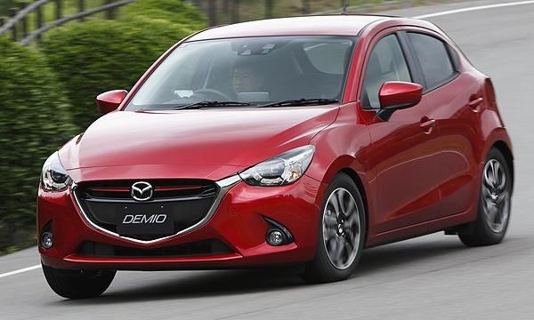 «Автомобилем года» в Японии стала Mazda2