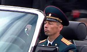 Шофер министра обороны продавал водительские права