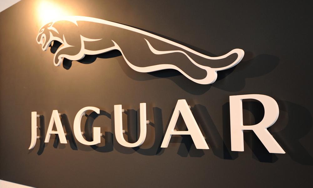 Jaguar X-type остался год до перерождения