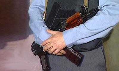 Милиционеры расстреляли машину челябинца из автомата