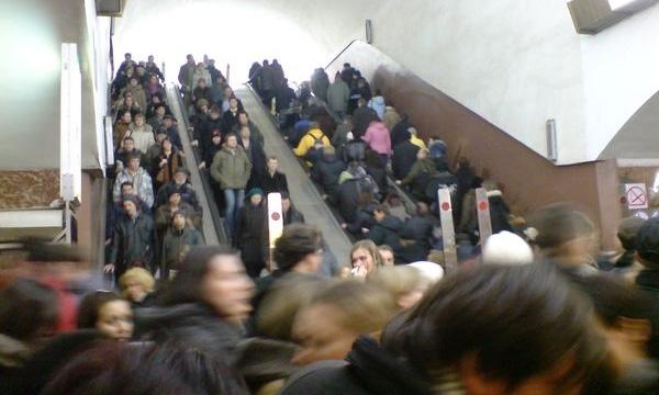 В московском метро будут обыскивать пассажиров