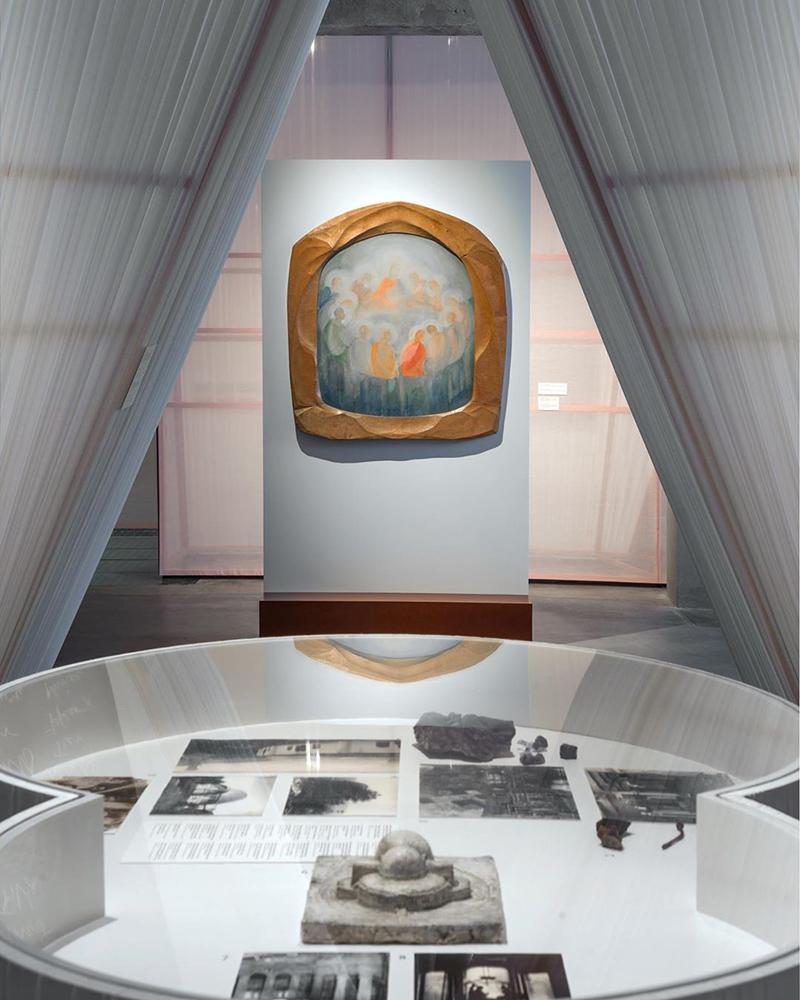 Выставка «Мы храним наши белые сны»