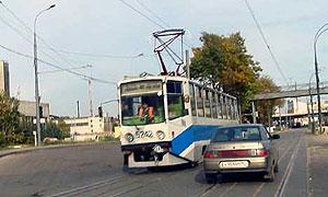 Водителей, заблокировавших трамвайные пути, оштрафовали на 1 млн рублей