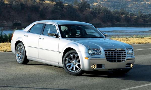 Chrysler отзывает 350 тысяч автомобилей по всему миру